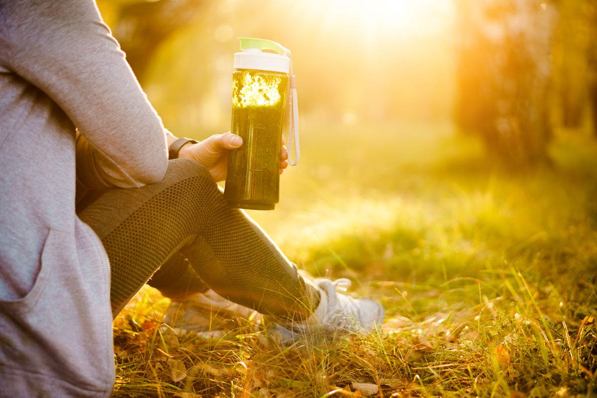 Stoffwechsel anregen: So helfen uns Bewegung und die richtige Ernährung beim Abnehmen.