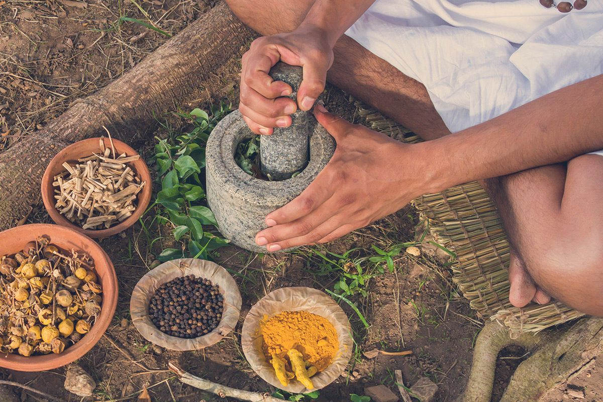 Ayurveda gilt als asiatische Heilmethode, bietet aber auch im Alltag viele Vorteile