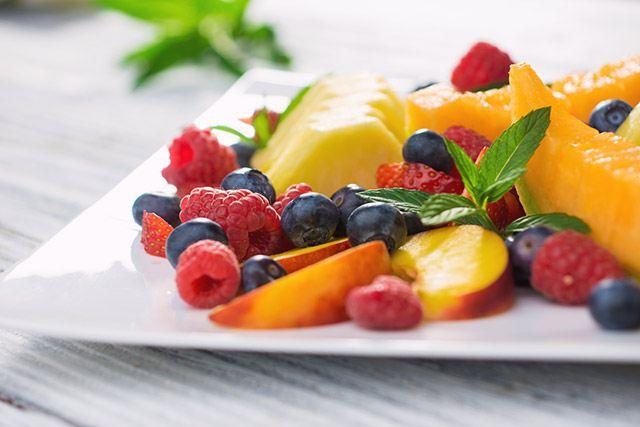 Heißhunger auf Obst kann auf Wassermangel hinweisen