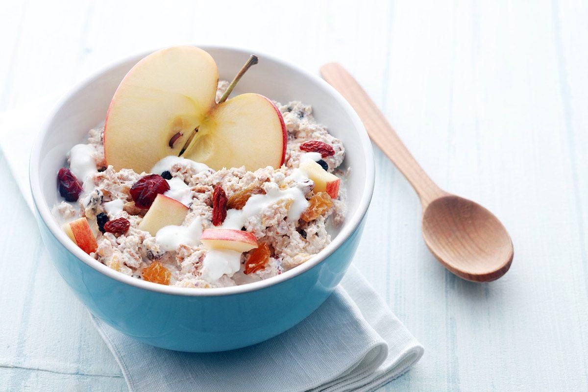 Gesundes frühstück und fit in den Tag starten