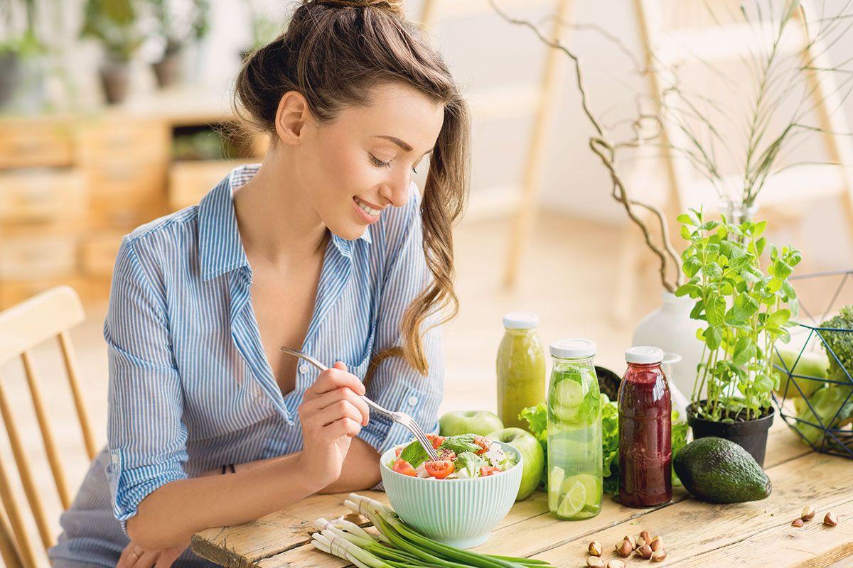 Gesund, fit und trotzdem satt? So gelingt genussvolles Essen mit wenig Kalorien.