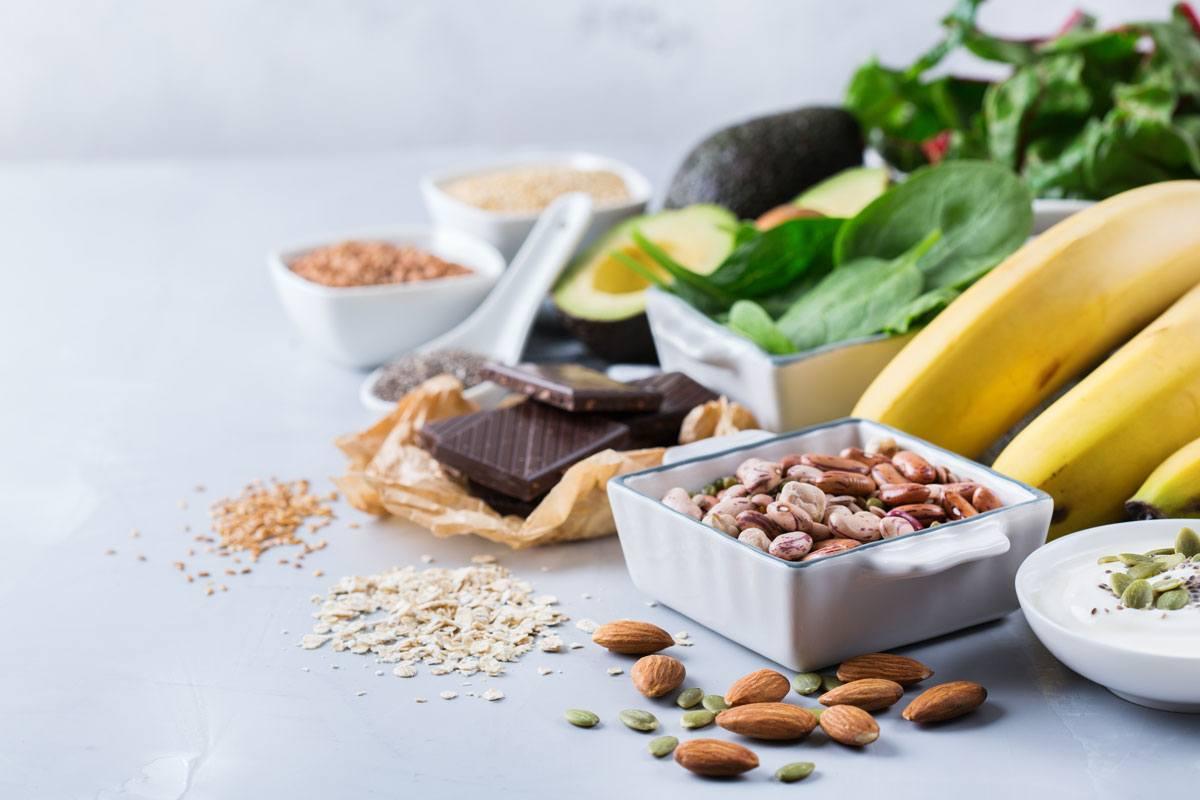 Kürbiskerne, Bananen, grünes Gemüse: Hier steckt besonders viel Magnesium drin.