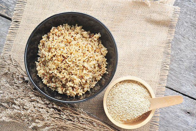 Quinoa versorgt den Körper mit viel Magnesium.