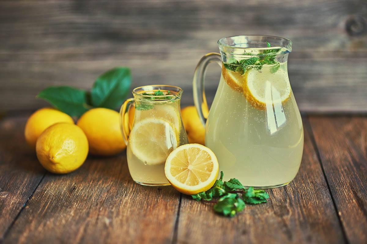 Wasserkefir ist schnell gemacht und noch dazu eine leckere Erfrischung. Aber ist er auch gesund?