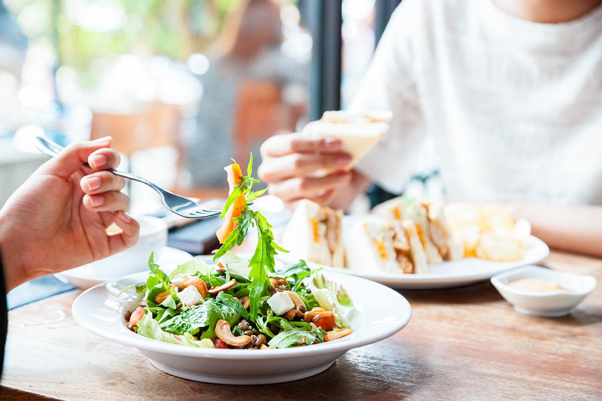 Mit der richtigen Ernährung können Sie Ihren Stoffwechsel unterstützen.